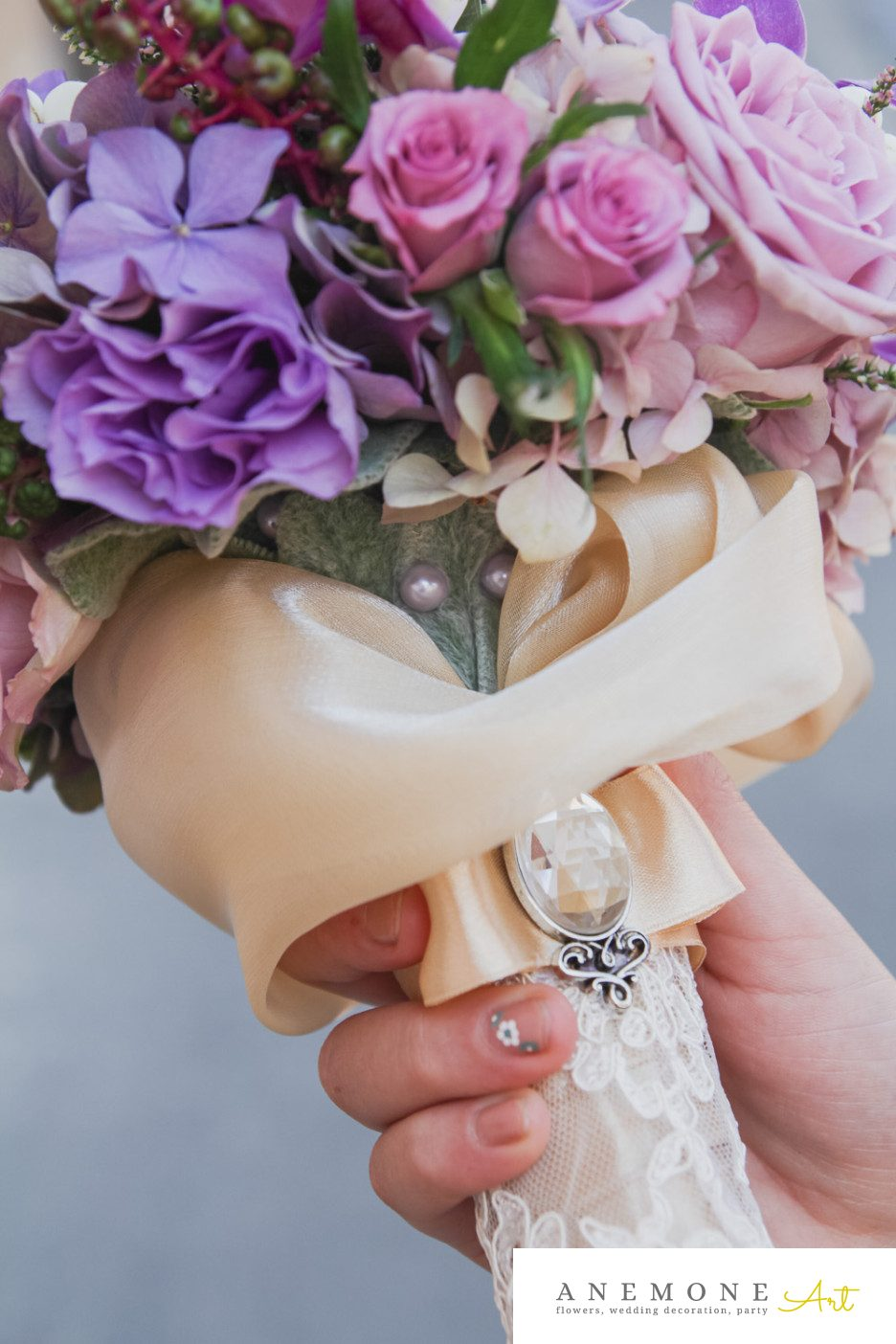 Poza, foto cu Flori de nunta buchet cununie, maner buchet, mov in Arad, Timisoara, Oradea (wedding flowers, bouquets) nunta Arad, Timisoara, Oradea