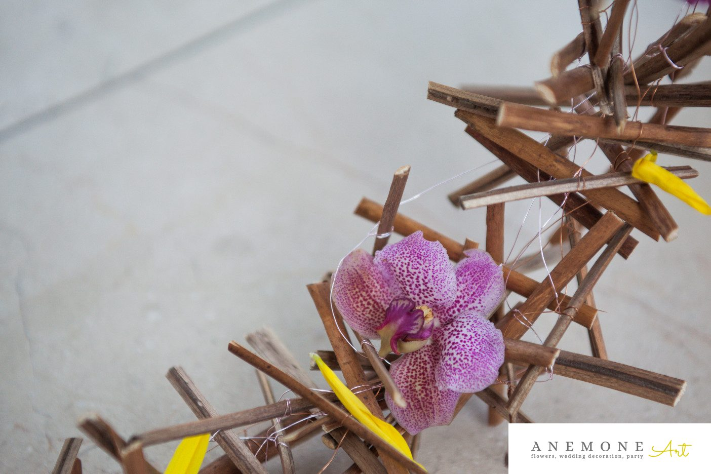 Poza, foto cu Flori de nunta buchet mireasa, curgator, detaliu, orhidee in Arad, Timisoara, Oradea (wedding flowers, bouquets) nunta Arad, Timisoara, Oradea