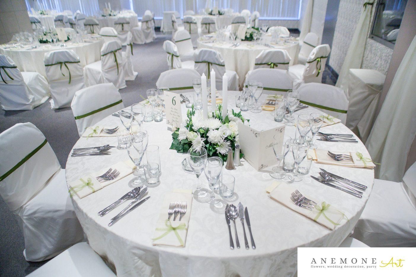 Poza, foto cu Flori de nunta alb, decor masa, lumanare in Arad, Timisoara, Oradea (wedding flowers, bouquets) nunta Arad, Timisoara, Oradea