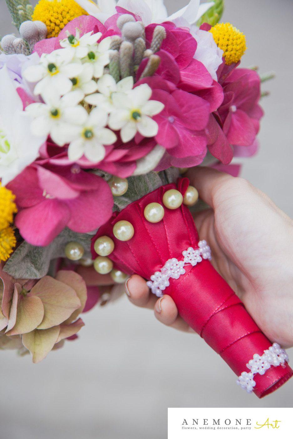 Poza, foto cu Flori de nunta brunia, buchet mireasa, craspedia, eucharis, maner buchet, multicolor, ornitogallum in Arad, Timisoara, Oradea (wedding flowers, bouquets) nunta Arad, Timisoara, Oradea