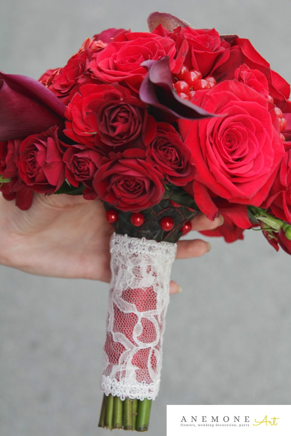 Poza, foto cu Flori de nunta buchet mireasa, calla, maner buchet, orhidee, rosu, trandafiri, vanda, visiniu in Arad, Timisoara, Oradea (wedding flowers, bouquets) nunta Arad, Timisoara, Oradea