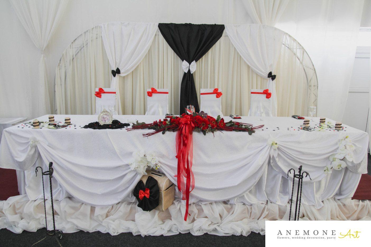 Poza, foto cu Flori de nunta prezidiu, rosu in Arad, Timisoara, Oradea (wedding flowers, bouquets) nunta Arad, Timisoara, Oradea