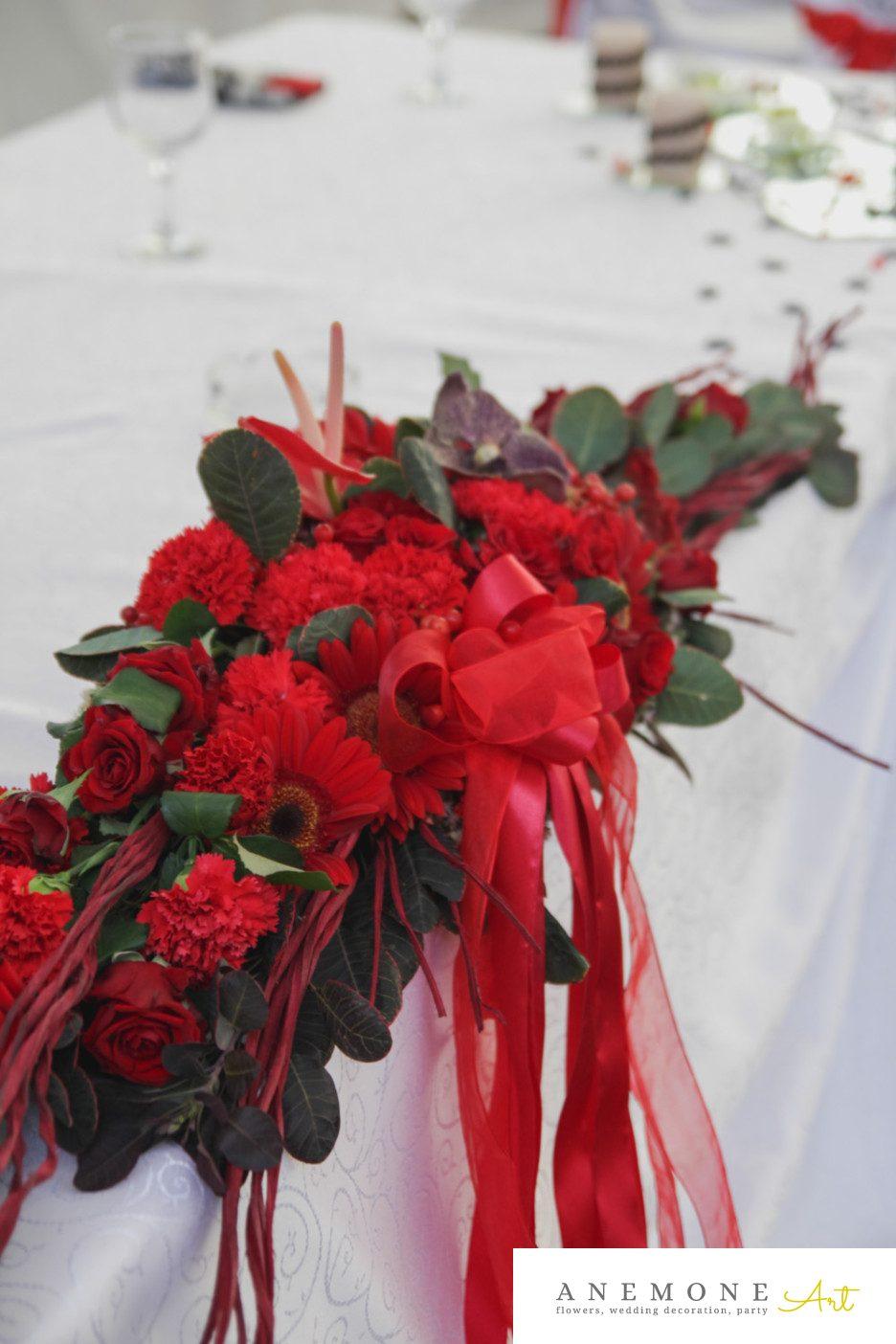 Poza, foto cu Flori de nunta crengi, prezidiu, rosu, vanda in Arad, Timisoara, Oradea (wedding flowers, bouquets) nunta Arad, Timisoara, Oradea