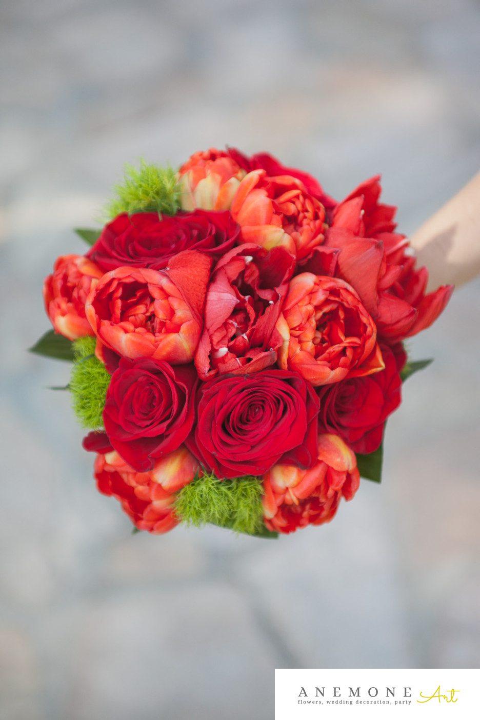 Poza, foto cu Flori de nunta buchet nasa, lalele, rosu, trandafiri in Arad, Timisoara, Oradea (wedding flowers, bouquets) nunta Arad, Timisoara, Oradea