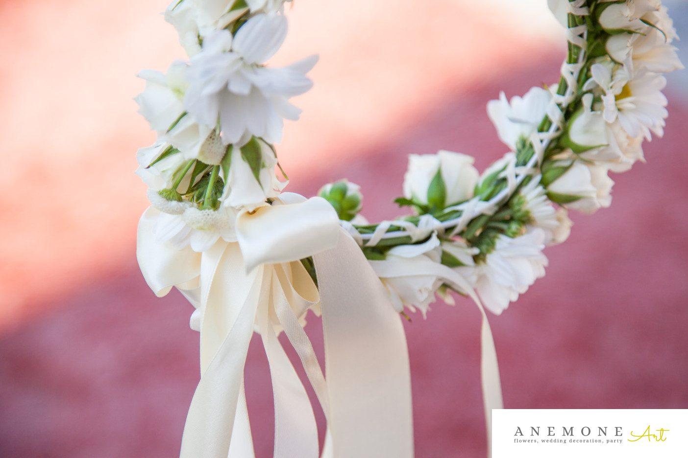 Poza, foto cu Flori de nunta aranjament par, coronita, crem, mini-rosa in Arad, Timisoara, Oradea (wedding flowers, bouquets) nunta Arad, Timisoara, Oradea