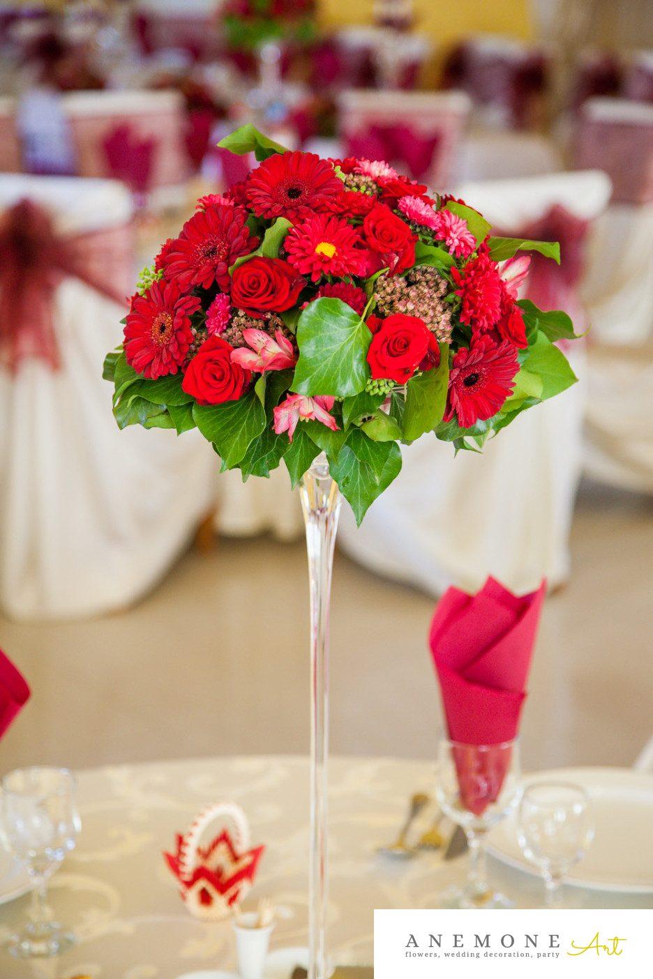 Poza, foto cu Flori de nunta decor masa, rosu, trandafiri in Arad, Timisoara, Oradea (wedding flowers, bouquets) nunta Arad, Timisoara, Oradea