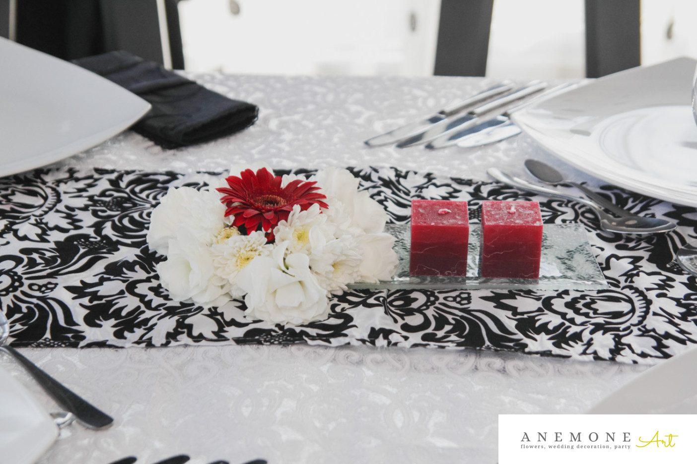 Poza, foto cu Flori de nunta decor masa, rosu, visiniu in Arad, Timisoara, Oradea (wedding flowers, bouquets) nunta Arad, Timisoara, Oradea