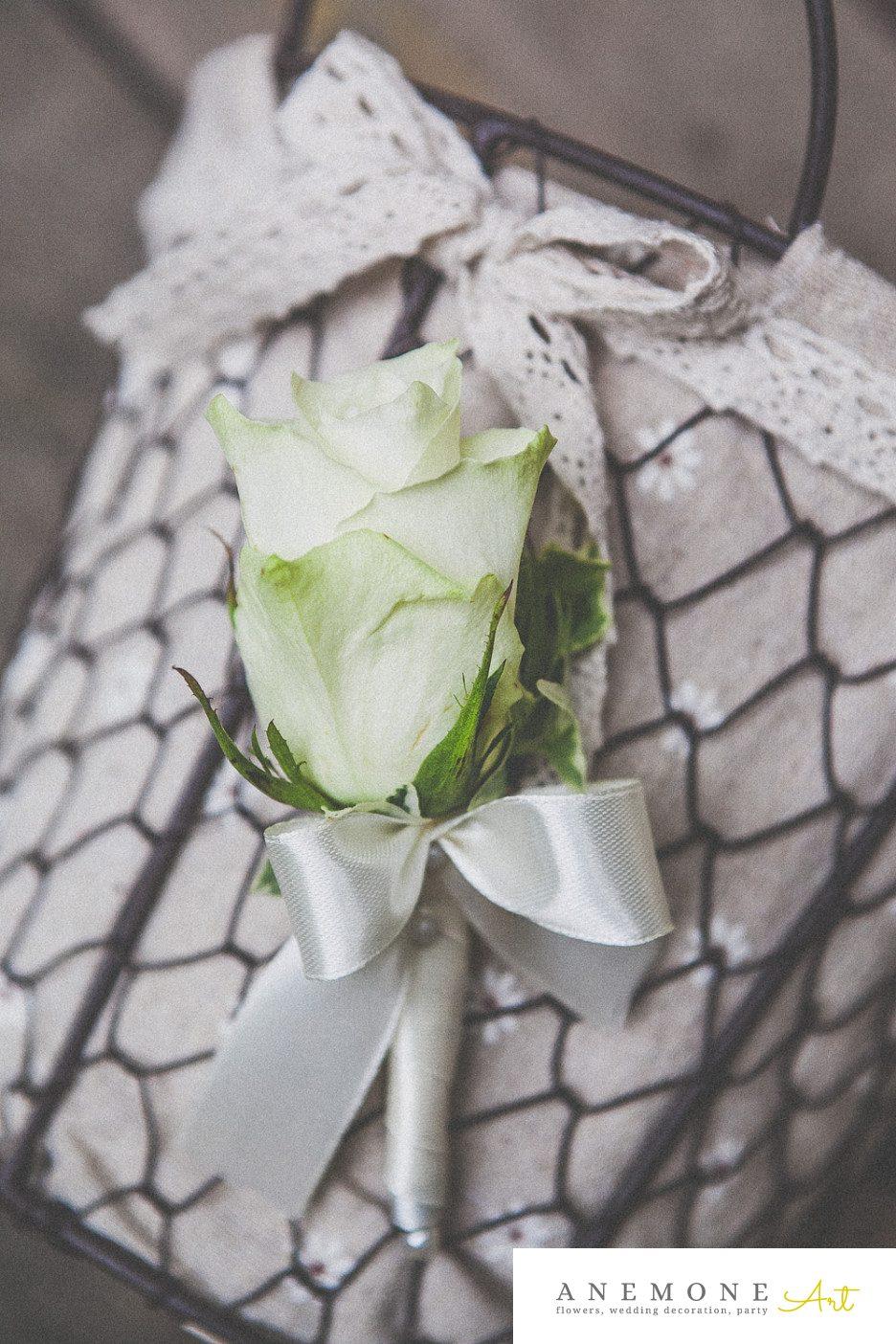 Poza, foto cu Flori de nunta alb, cocarda, trandafiri in Arad, Timisoara, Oradea (wedding flowers, bouquets) nunta Arad, Timisoara, Oradea