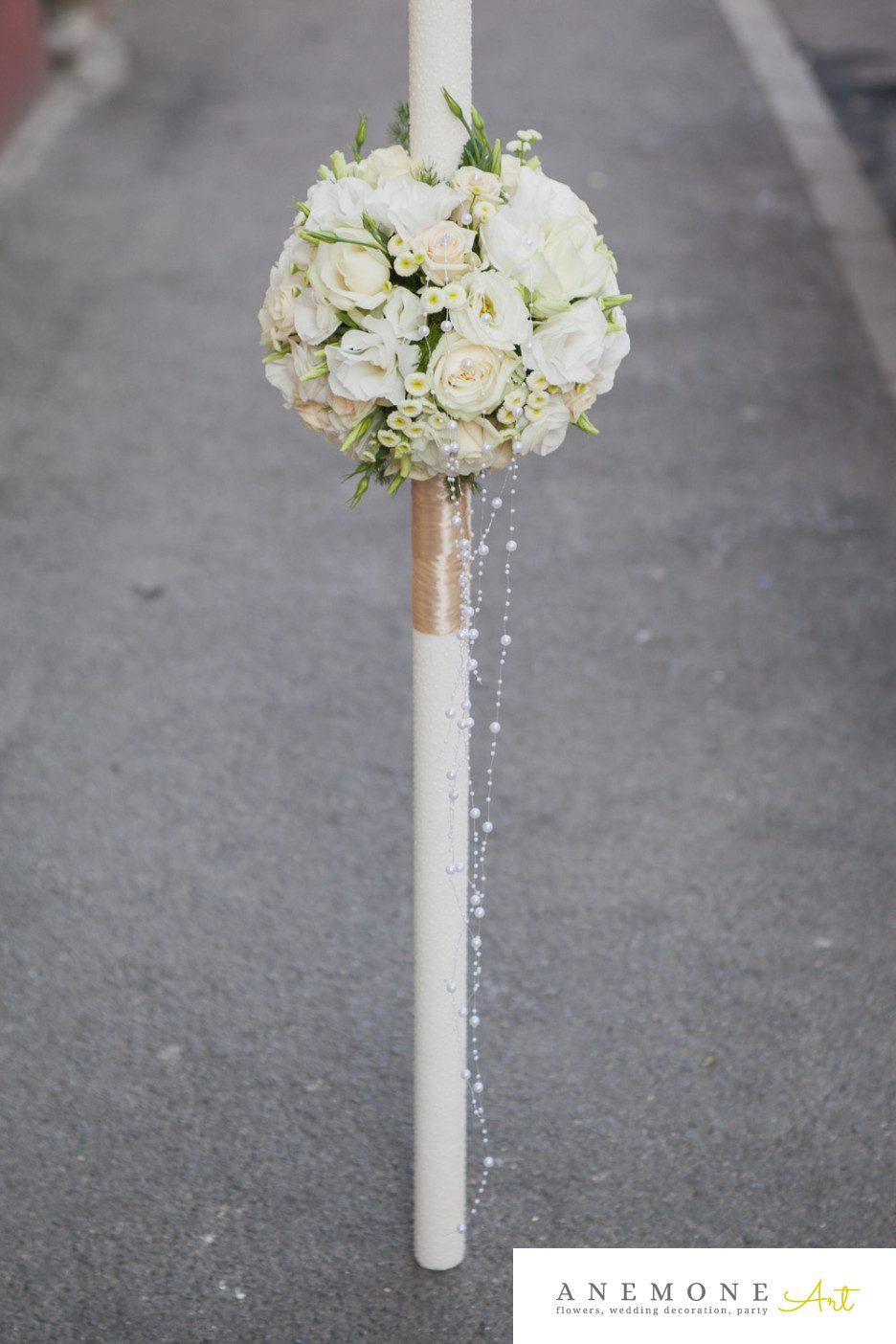 Poza, foto cu Flori de nunta alb, crem, lisianthus, lumanare, matricaria eximia, mini-rosa, perle, trandafiri in Arad, Timisoara, Oradea (wedding flowers, bouquets) nunta Arad, Timisoara, Oradea