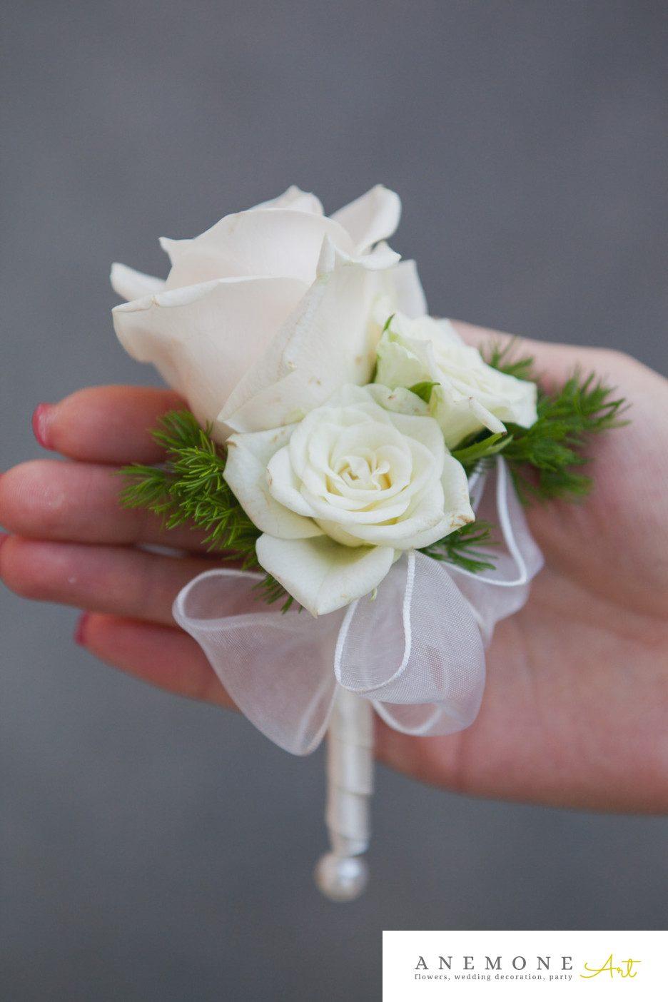 Poza, foto cu Flori de nunta butoniera, cocarda, ivory, mini-rosa, trandafiri in Arad, Timisoara, Oradea (wedding flowers, bouquets) nunta Arad, Timisoara, Oradea