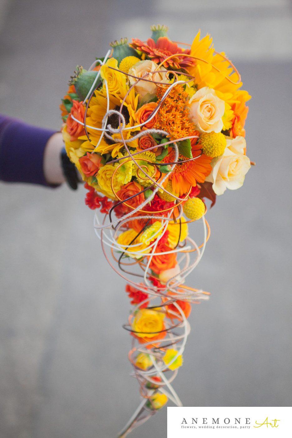 Poza, foto cu Flori de nunta buchet mireasa, celosia, craspedia, curgator, floarea soarelui, galben, mini-gerbera, mini-rosa, portocaliu, trandafiri in Arad, Timisoara, Oradea (wedding flowers, bouquets) nunta Arad, Timisoara, Oradea