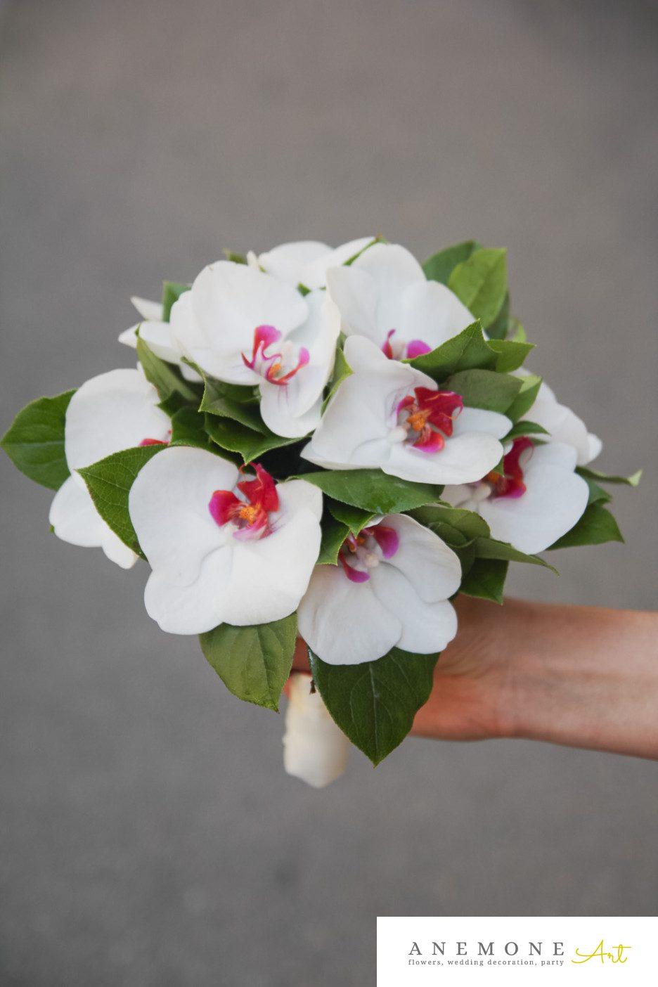 Poza, foto cu Flori de nunta alb, buchet mireasa, phalaenopsis in Arad, Timisoara, Oradea (wedding flowers, bouquets) nunta Arad, Timisoara, Oradea