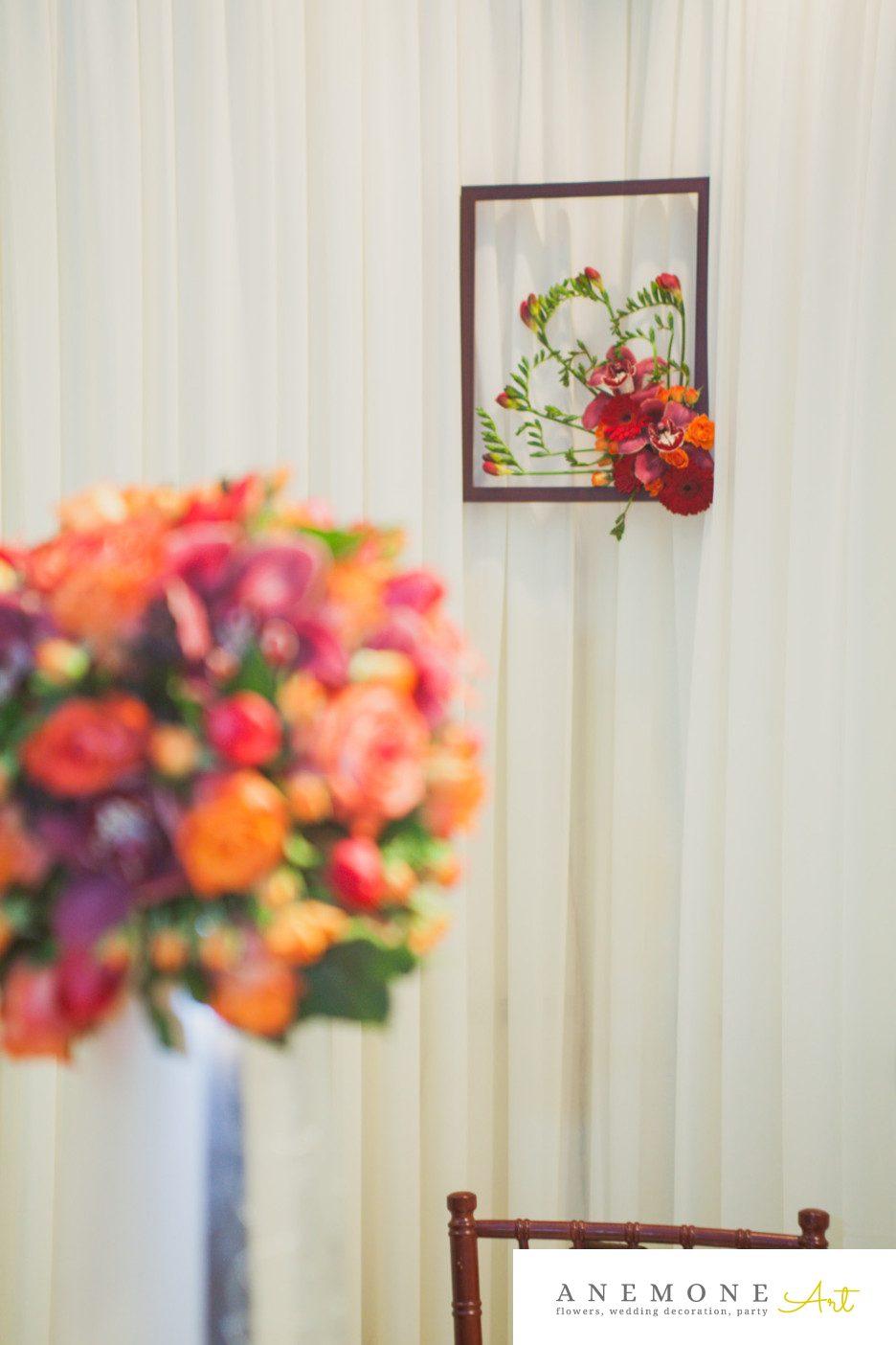 Poza, foto cu Flori de nunta cymbidium, frezii, mini-gerbera, mini-rosa, orhidee, portocaliu, rosu, tablou in Arad, Timisoara, Oradea (wedding flowers, bouquets) nunta Arad, Timisoara, Oradea