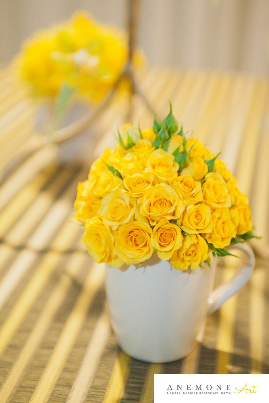 Poza, foto cu Flori de nunta decor masa, galben, trandafiri in Arad, Timisoara, Oradea (wedding flowers, bouquets) nunta Arad, Timisoara, Oradea