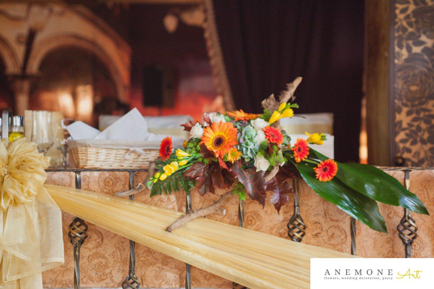 Poza, foto cu Flori de nunta frezii, hortensia, prezidiu in Arad, Timisoara, Oradea (wedding flowers, bouquets) nunta Arad, Timisoara, Oradea