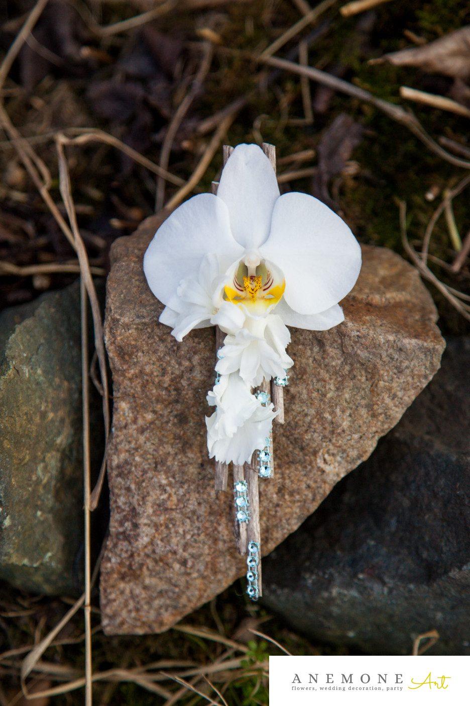 Poza, foto cu Flori de nunta alb, cocarda, mire, orhidee, phalaenopsis in Arad, Timisoara, Oradea (wedding flowers, bouquets) nunta Arad, Timisoara, Oradea