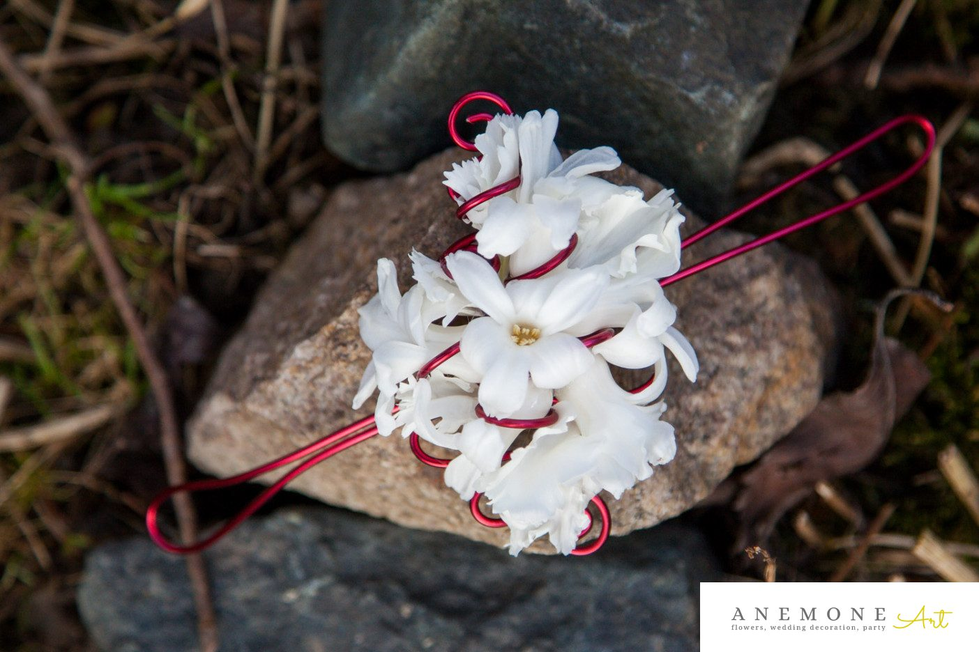 Poza, foto cu Flori de nunta alb, bratara in Arad, Timisoara, Oradea (wedding flowers, bouquets) nunta Arad, Timisoara, Oradea