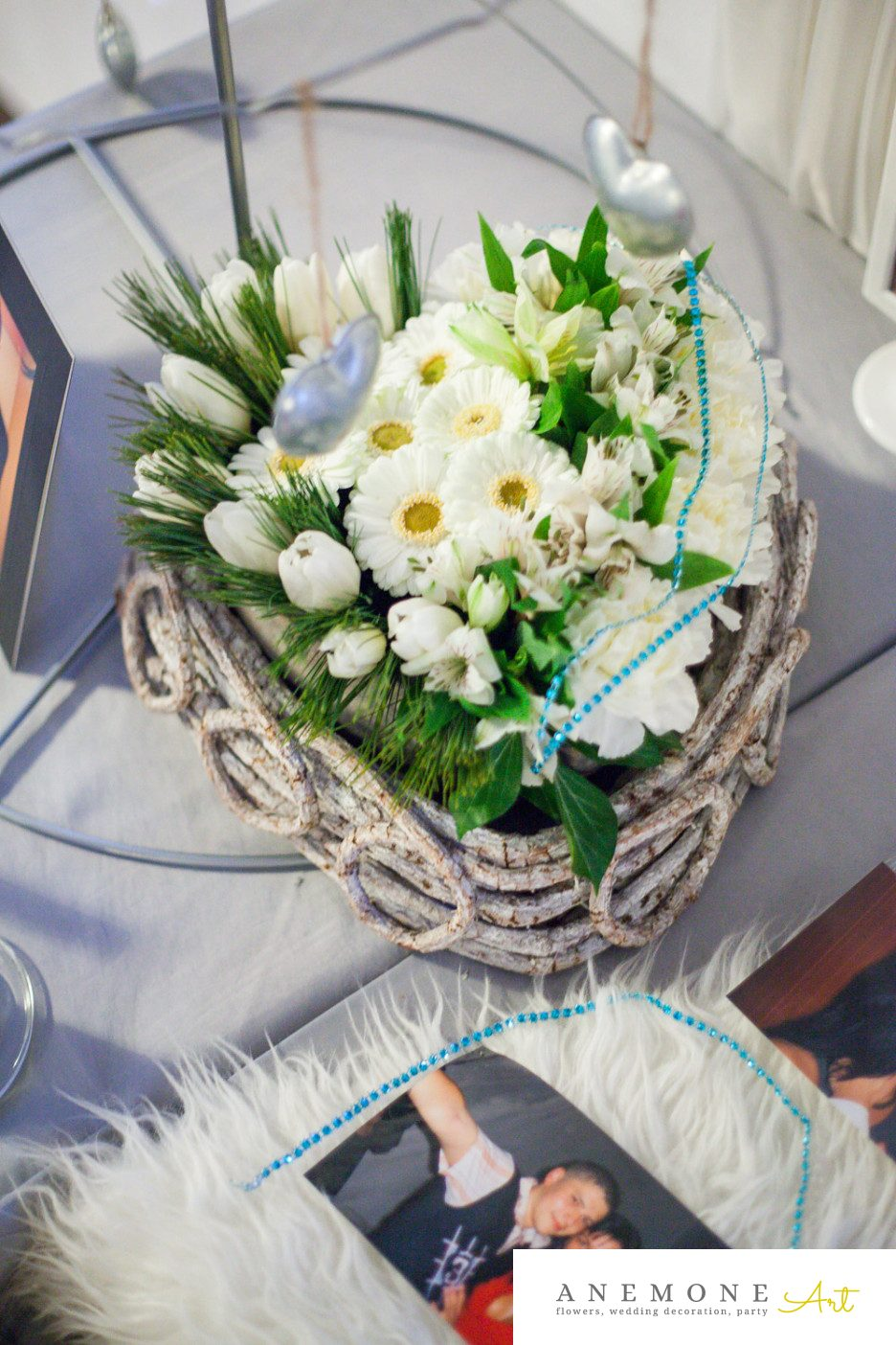 Poza, foto cu Flori de nunta alb, albastru, decor sala, inima in Arad, Timisoara, Oradea (wedding flowers, bouquets) nunta Arad, Timisoara, Oradea