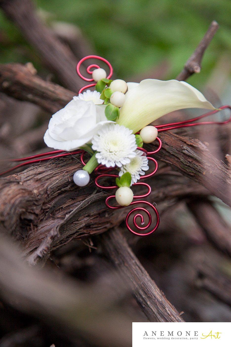 Poza, foto cu Flori de nunta alb, bratara, crem in Arad, Timisoara, Oradea (wedding flowers, bouquets) nunta Arad, Timisoara, Oradea