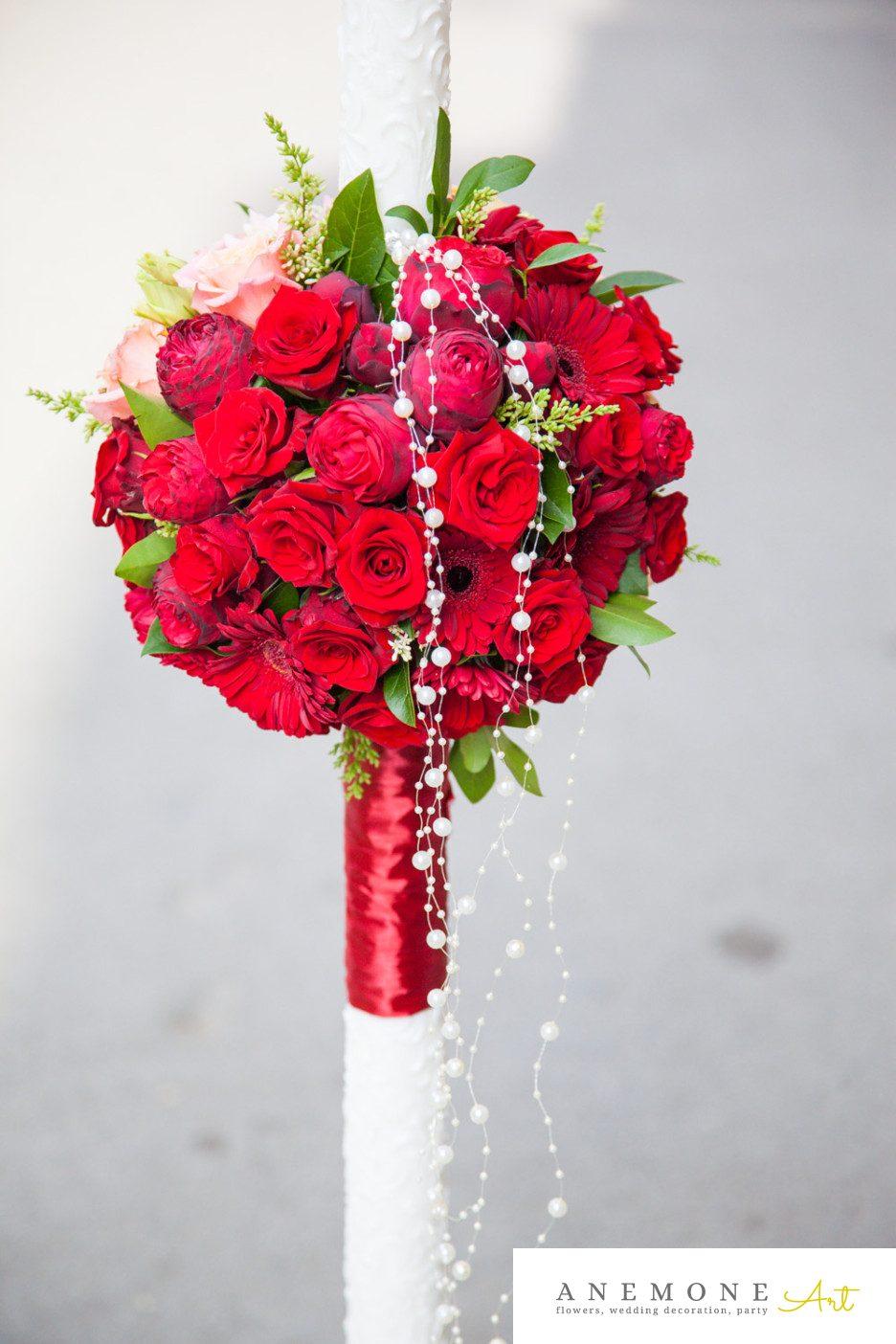 Poza, foto cu Flori de nunta lumanare cununie, rosu, trandafiri, visiniu in Arad, Timisoara, Oradea (wedding flowers, bouquets) nunta Arad, Timisoara, Oradea