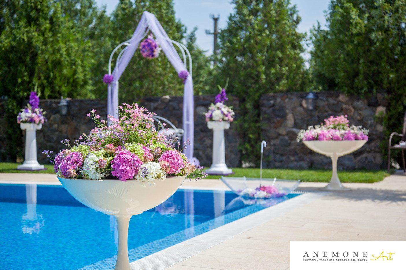 Poza, foto cu Flori de nunta arcada, decor biserica, hortensia in Arad, Timisoara, Oradea (wedding flowers, bouquets) nunta Arad, Timisoara, Oradea