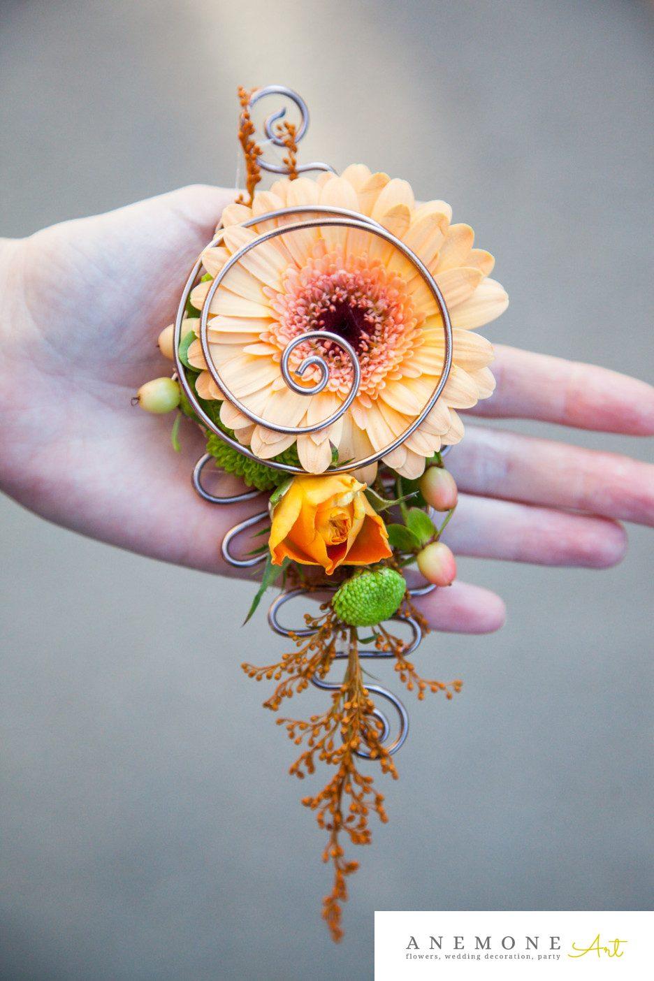 Poza, foto cu Flori de nunta cocarda, mire, piersica, portocaliu in Arad, Timisoara, Oradea (wedding flowers, bouquets) nunta Arad, Timisoara, Oradea