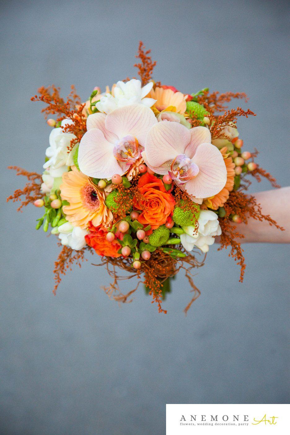 Poza, foto cu Flori de nunta buchet mireasa, maro, orhidee, phalaenopsis, portocaliu, rustic in Arad, Timisoara, Oradea (wedding flowers, bouquets) nunta Arad, Timisoara, Oradea