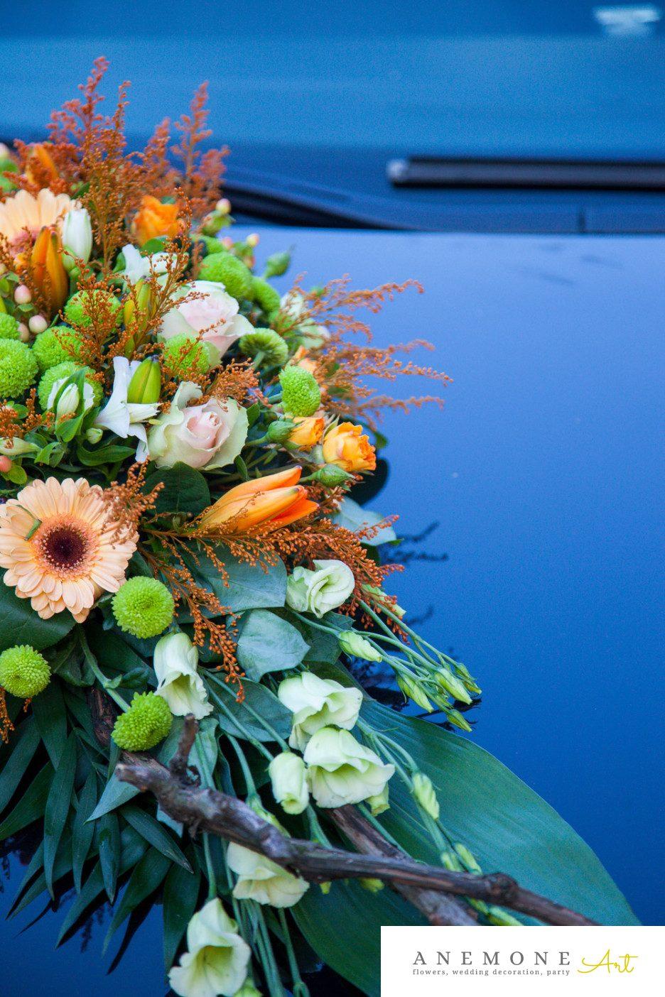 Poza, foto cu Flori de nunta crengi, decor masina, detaliu, portocaliu in Arad, Timisoara, Oradea (wedding flowers, bouquets) nunta Arad, Timisoara, Oradea