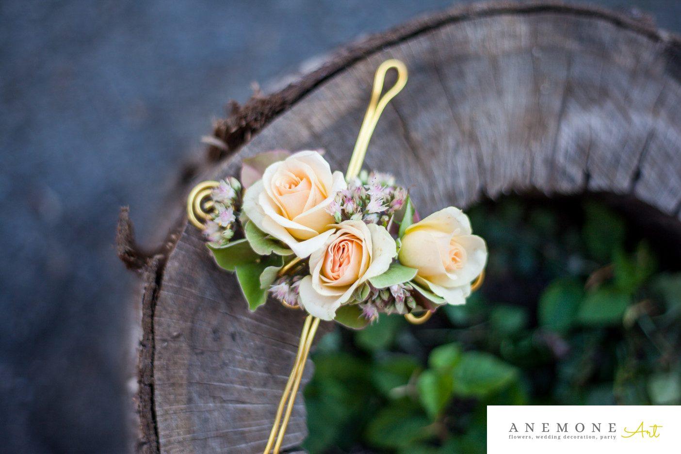Poza, foto cu Flori de nunta bratara, piersica, trandafiri in Arad, Timisoara, Oradea (wedding flowers, bouquets) nunta Arad, Timisoara, Oradea