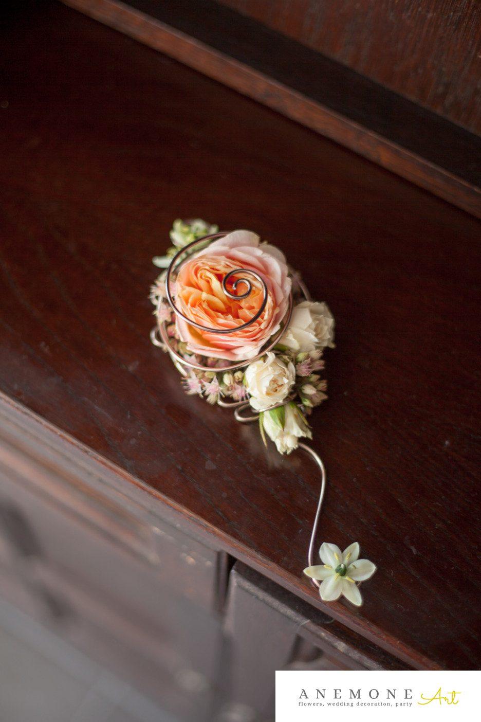 Poza, foto cu Flori de nunta cocarda, mire, piersica in Arad, Timisoara, Oradea (wedding flowers, bouquets) nunta Arad, Timisoara, Oradea