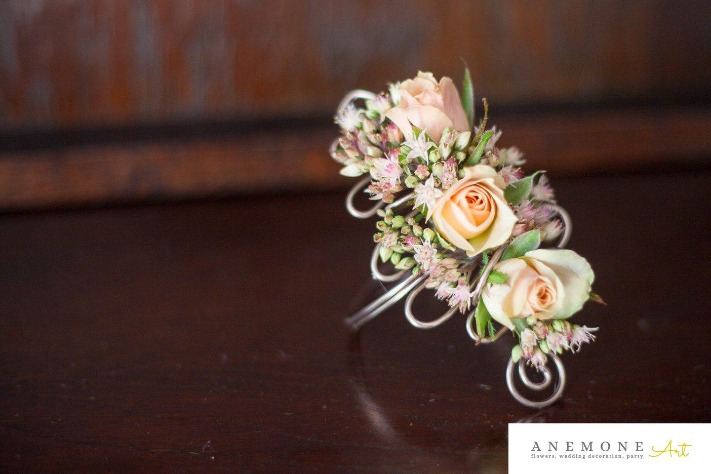 Poza, foto cu Flori de nunta bratara, piersica in Arad, Timisoara, Oradea (wedding flowers, bouquets) nunta Arad, Timisoara, Oradea