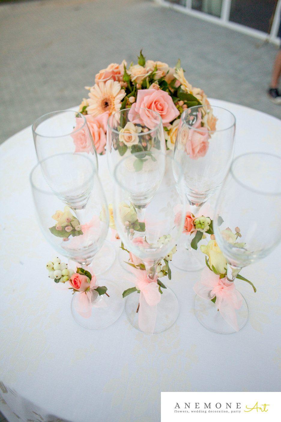 Poza, foto cu Flori de nunta decor sala, pahare, piersica in Arad, Timisoara, Oradea (wedding flowers, bouquets) nunta Arad, Timisoara, Oradea