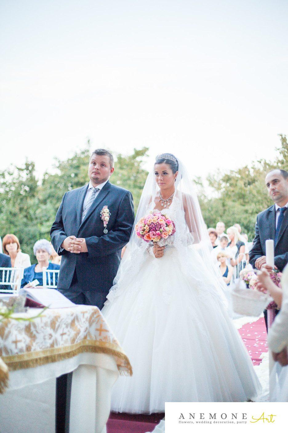 Poza, foto cu Flori de nunta buchet mireasa, roz, trandafiri in Arad, Timisoara, Oradea (wedding flowers, bouquets) nunta Arad, Timisoara, Oradea