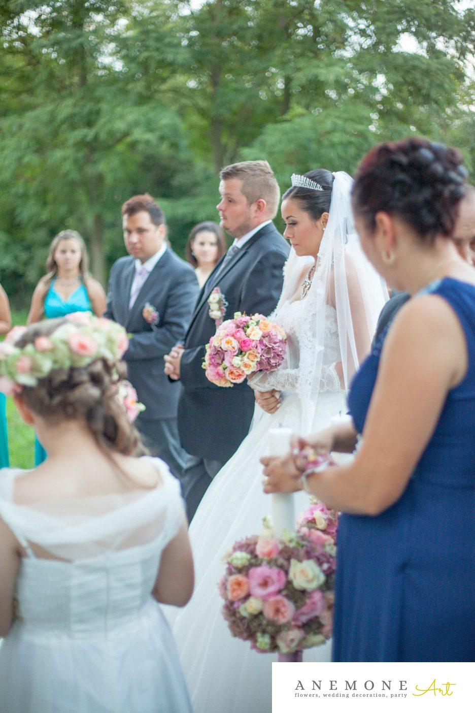 Poza, foto cu Flori de nunta buchet mireasa, lumanare cununie in Arad, Timisoara, Oradea (wedding flowers, bouquets) nunta Arad