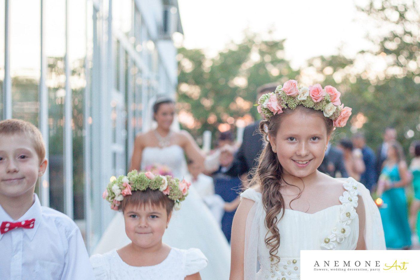 Poza, foto cu Flori de nunta aranjament par, coronita in Arad, Timisoara, Oradea (wedding flowers, bouquets) nunta Arad, Timisoara, Oradea