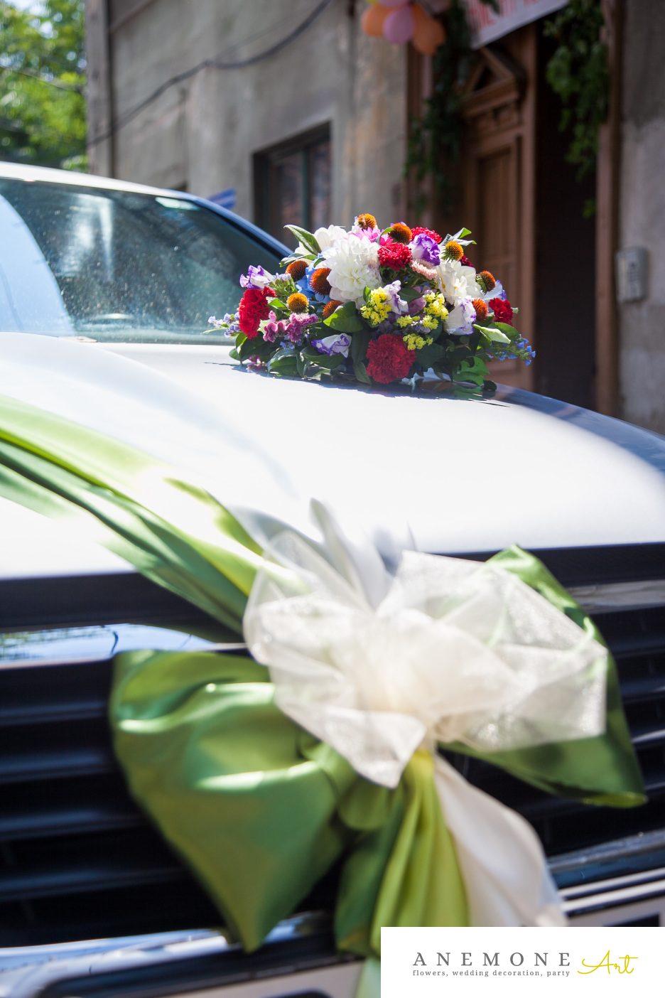 Poza, foto cu Flori de nunta decor masa, decor masina, multicolor in Arad, Timisoara, Oradea (wedding flowers, bouquets) nunta Arad, Timisoara, Oradea