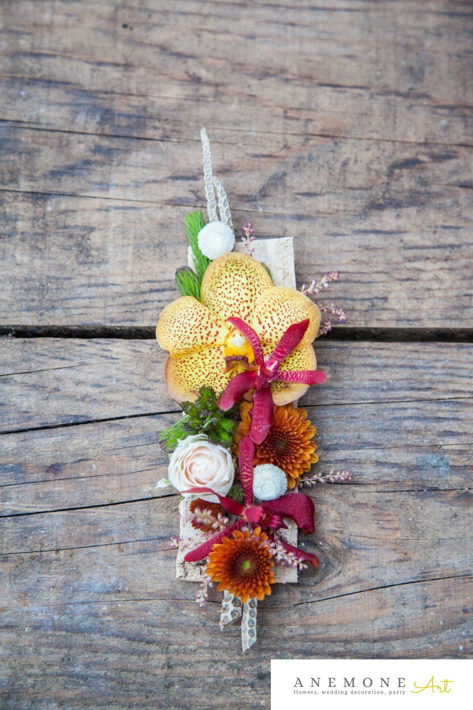 Poza, foto cu Flori de nunta caramiziu, cocarda, galben, vanda in Arad, Timisoara, Oradea (wedding flowers, bouquets) nunta Arad, Timisoara, Oradea