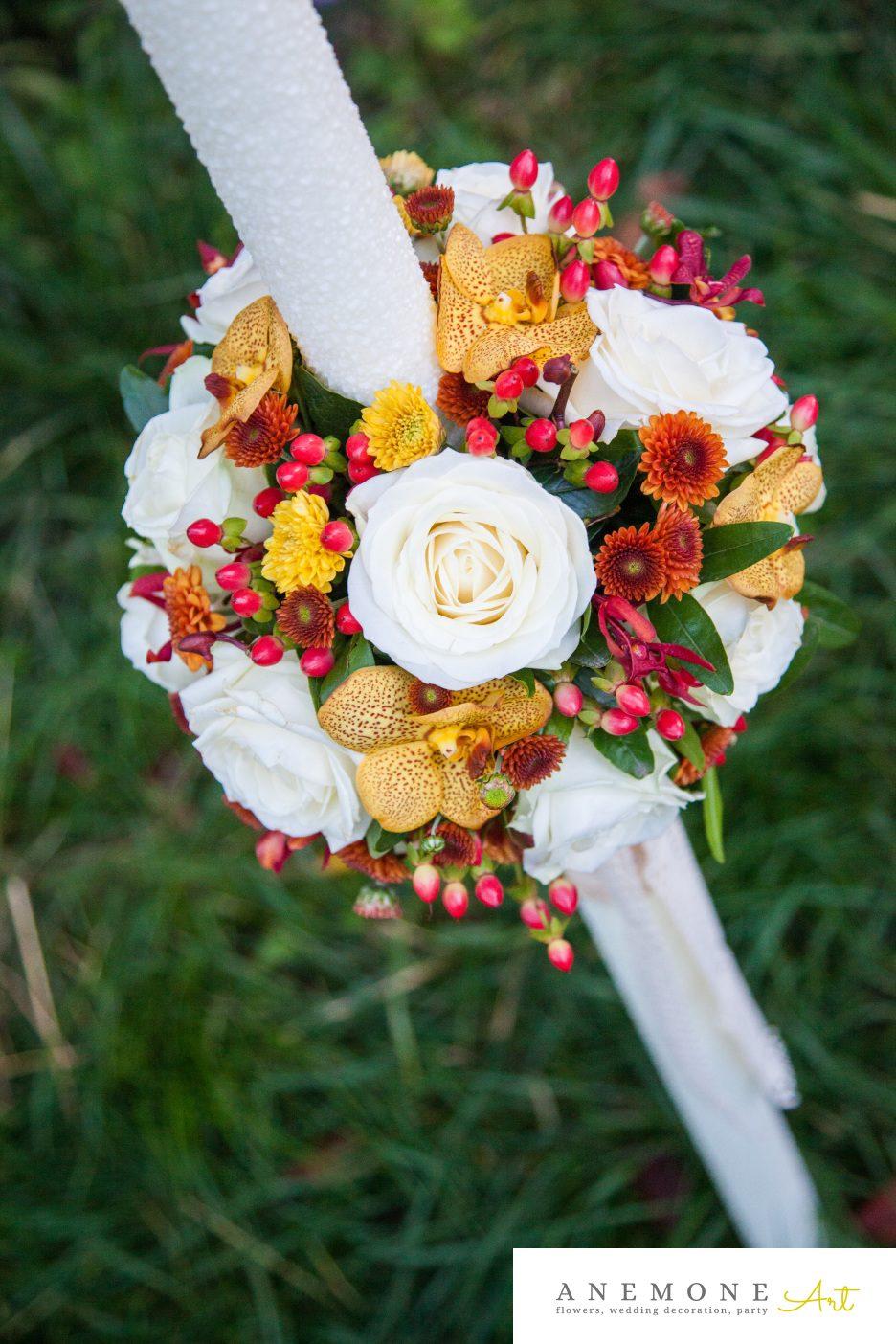 Poza, foto cu Flori de nunta caramiziu, galben, lumanare cununie, vanda in Arad, Timisoara, Oradea (wedding flowers, bouquets) nunta Arad, Timisoara, Oradea