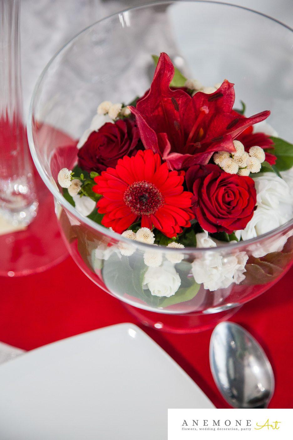 Poza, foto cu Flori de nunta decor masa, rosu in Arad, Timisoara, Oradea (wedding flowers, bouquets) nunta Arad, Timisoara, Oradea