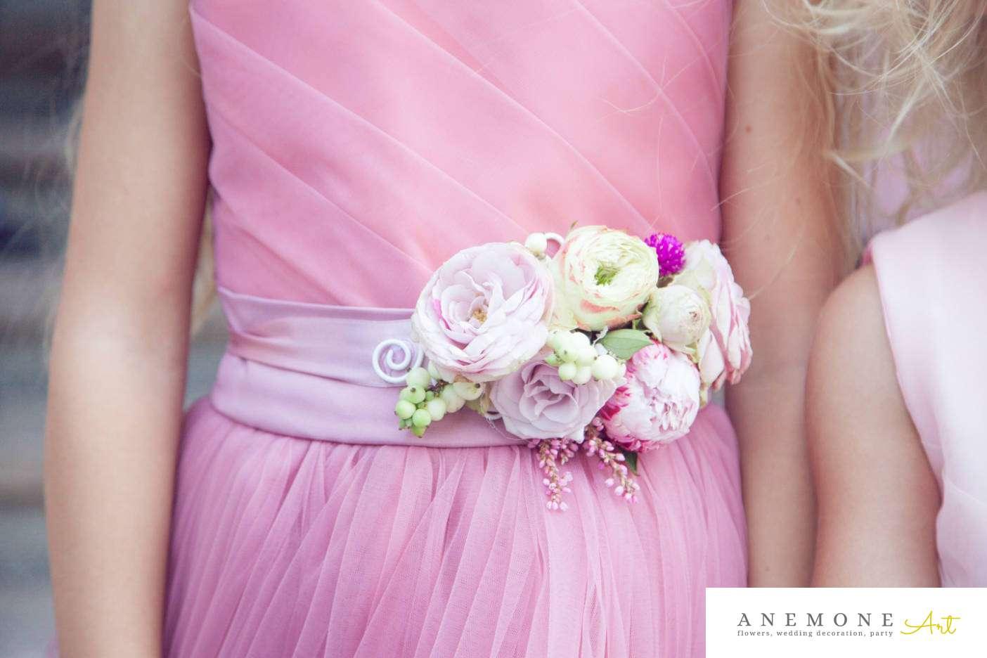 Poza, foto cu Flori de nunta bujori, cordon domnisoare in Arad, Timisoara, Oradea (wedding flowers, bouquets) nunta Arad, Timisoara, Oradea