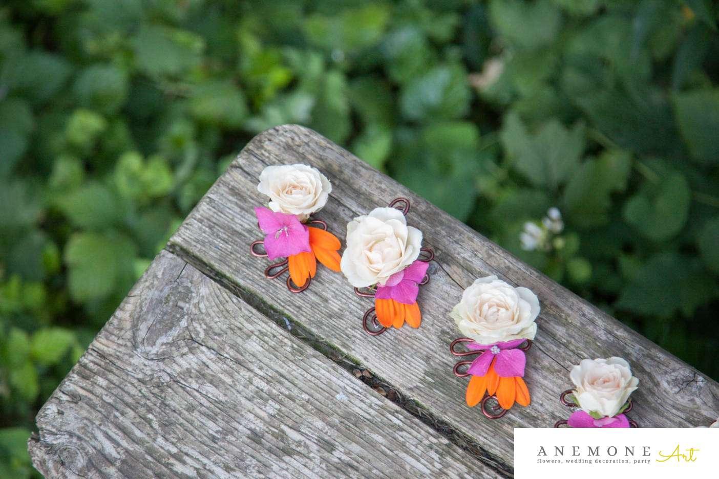 Poza, foto cu Flori de nunta butoniera, cocarda, mini-rosa in Arad, Timisoara, Oradea (wedding flowers, bouquets) nunta Arad, Timisoara, Oradea