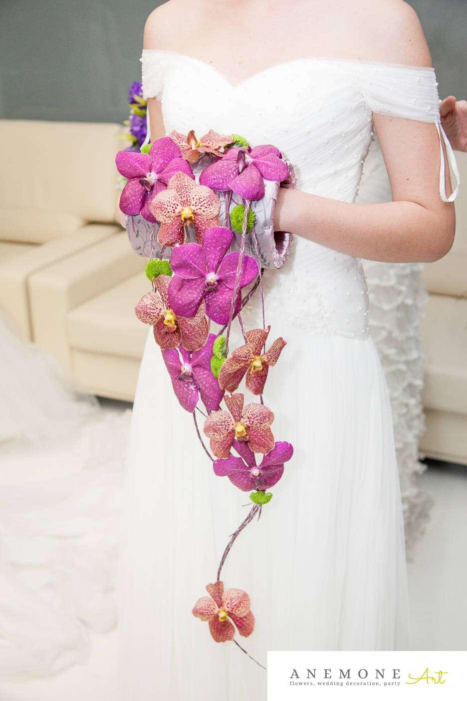 Poza, foto cu Flori de nunta buchet mireasa, curgator, modern, orhidee, vanda in Arad, Timisoara, Oradea (wedding flowers, bouquets) nunta Arad, Timisoara, Oradea