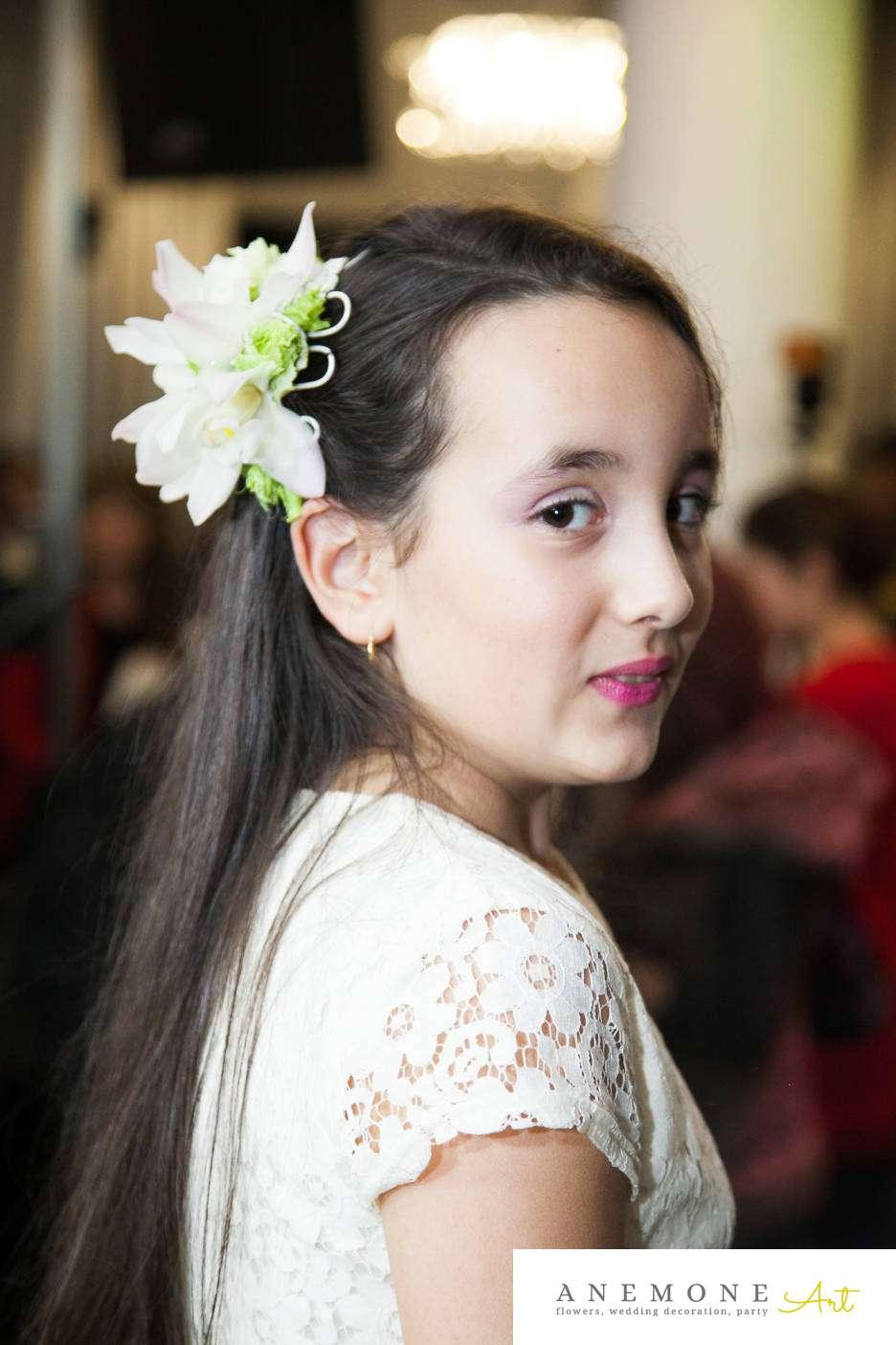 Poza, foto cu Flori de nunta alb, aranjament par, cymbidium, orhidee in Arad, Timisoara, Oradea (wedding flowers, bouquets) nunta Arad, Timisoara, Oradea