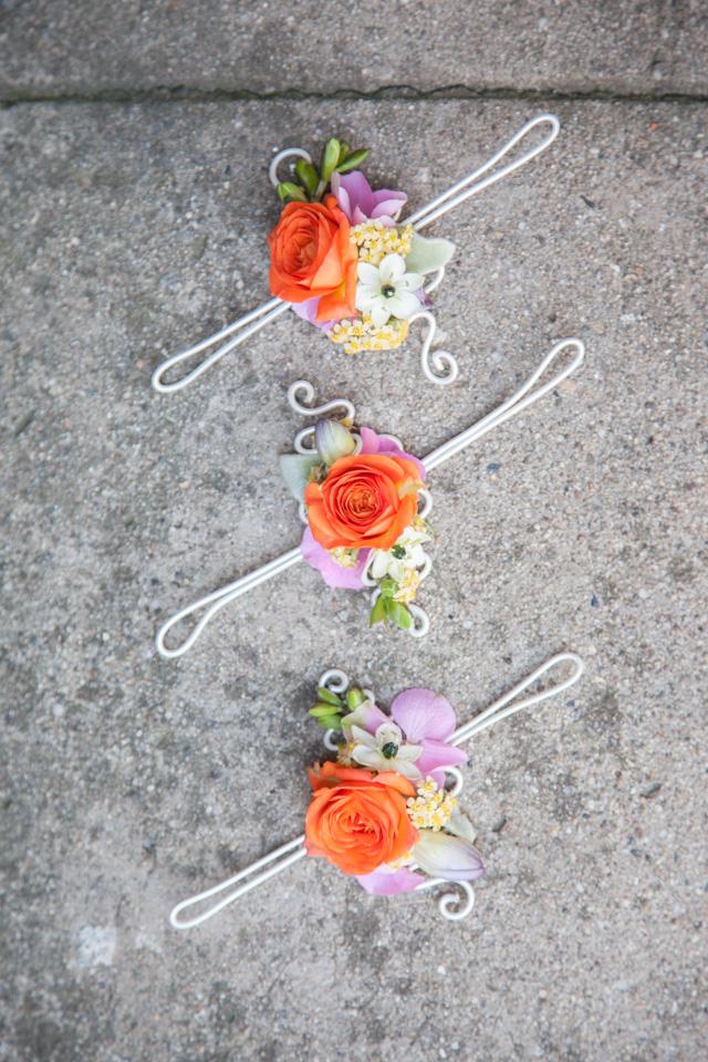 Poza, foto cu Flori de nunta bratara, multicolor in Arad, Timisoara, Oradea (wedding flowers, bouquets) nunta Arad, Timisoara, Oradea