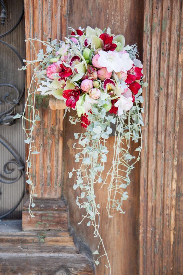 Poza, foto cu Flori de nunta buchet cununie, lalele, orhidee in Arad, Timisoara, Oradea (wedding flowers, bouquets) nunta Arad