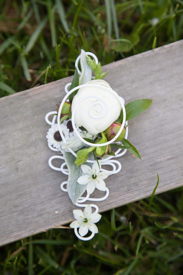 Poza, foto cu Flori de nunta bujori, cocarda, frezii in Arad, Timisoara, Oradea (wedding flowers, bouquets) nunta Arad, Timisoara, Oradea