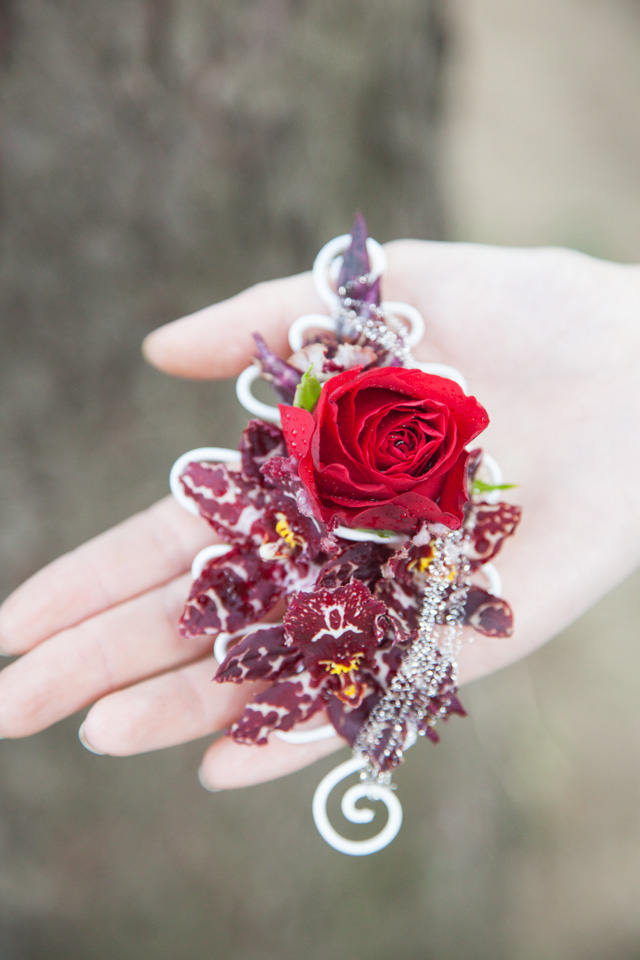 Poza, foto cu Flori de nunta cocarda, rosu, visiniu in Arad, Timisoara, Oradea (wedding flowers, bouquets) nunta Arad, Timisoara, Oradea