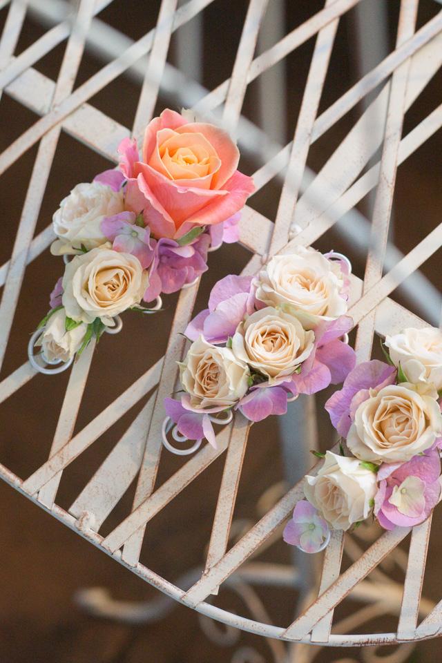 Poza, foto cu Flori de nunta cocarda, mini-rosa, trandafiri in Arad, Timisoara, Oradea (wedding flowers, bouquets) nunta Arad, Timisoara, Oradea