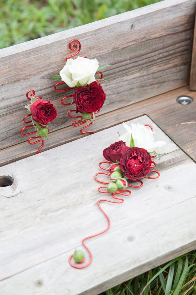 Poza, foto cu Flori de nunta cocarda, mini-rosa in Arad, Timisoara, Oradea (wedding flowers, bouquets) nunta Arad, Timisoara, Oradea