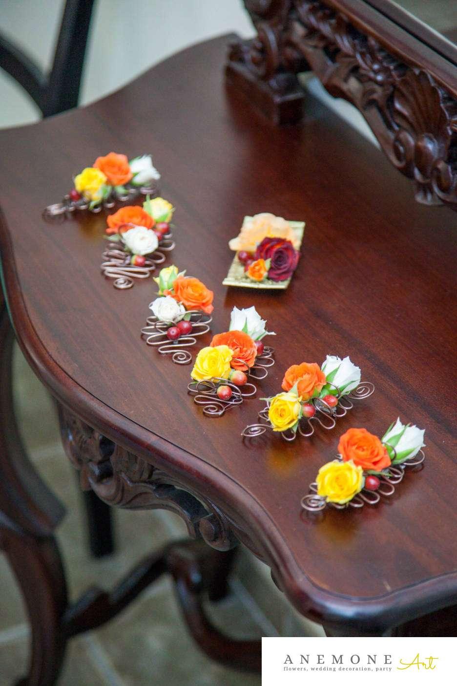 Poza, foto cu Flori de nunta cocarda, mini-rosa, multicolor in Arad, Timisoara, Oradea (wedding flowers, bouquets) nunta Arad, Timisoara, Oradea